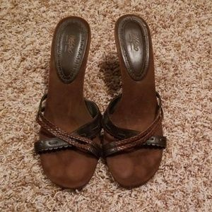 Mossimo Brown Heeled Sandals Size: 9.5